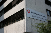 CC by http://commons.wikimedia.org/wiki/File:Wuppertal_-_H%C3%BCnefeldstra%C3%9Fe_-_Agentur_f%C3%BCr_Arbeit_03_ies.jpg